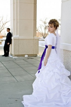 How To Choose An LDS Wedding Dress LDS Wedding Planner - Lds Wedding Dress