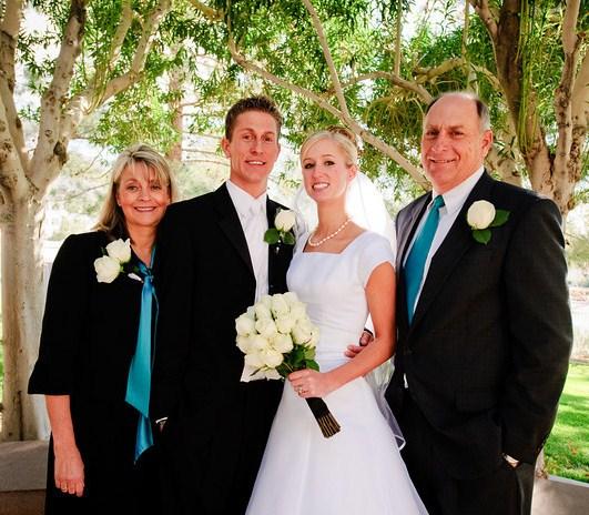 Do Parents Buy Wedding Gift For Bride : parents of groom, photo by JarvieDigital.com, WeddingLDS.com