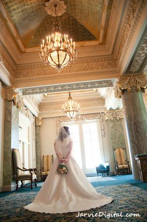 Wedding dresses, sizes, photo by JarvieDigital.com, weddingLDS.com