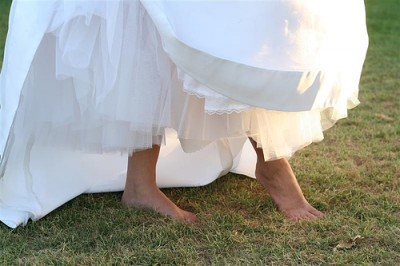 Wedding dress spills and spots lds wedding planner for Wedding dress stain removal