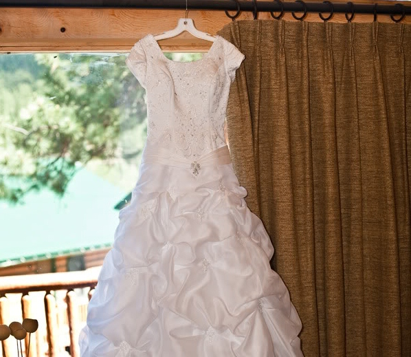 How LDS brides can press and steam their modest wedding Dresses