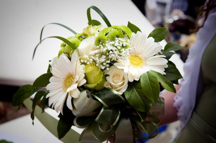 Fabulous Florals at an LDS wedding reception