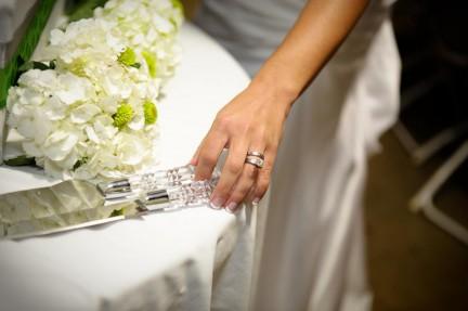 LDS reception wedding cake, cake Knives