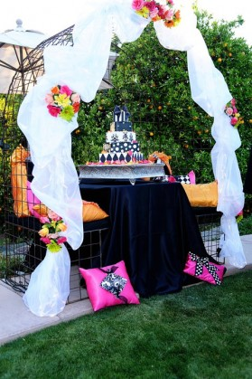 LDS cake table