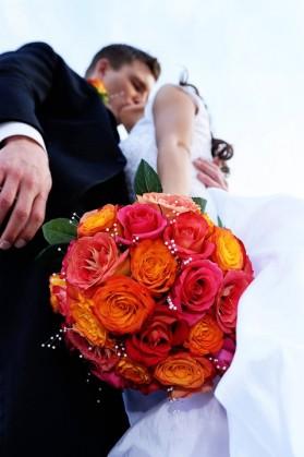 LDS bride and groom, LDS wedding, featured LDS wedding