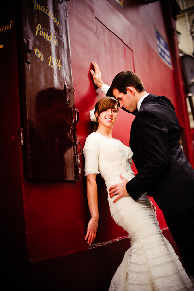 An LDS bride and groom in Paris