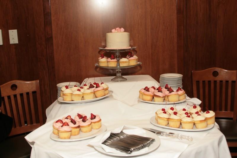 Mormon Wedding Cake, Featured Real LDS Wedding