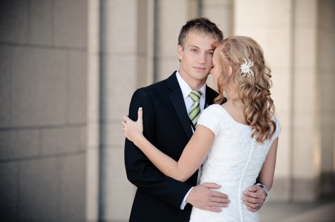 Real Mormon wedding, featured March 2012 LDS Wedding