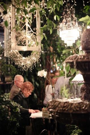 An LDS wedding reception, weddinglds.com