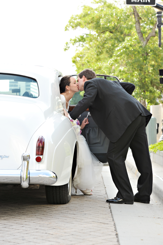 Real Mormon wedding, LDS bride and LDS groom in the wedding transportation