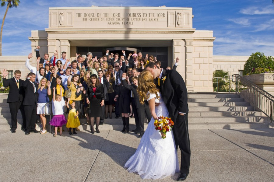 An LDS bride with her groom and the entire family