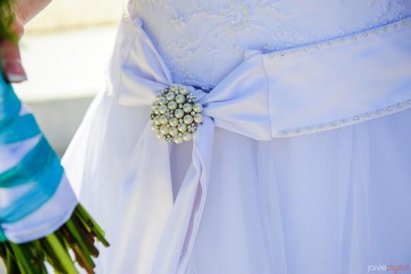 a modest wedding gown, weddinglds.com