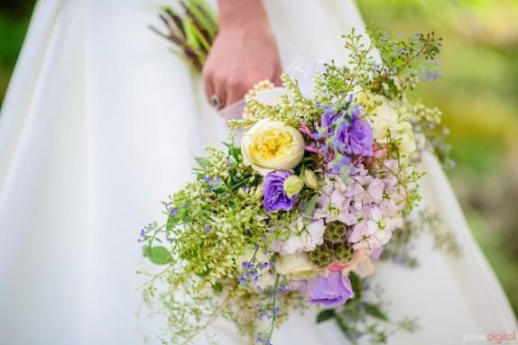 list of flowers for weddings