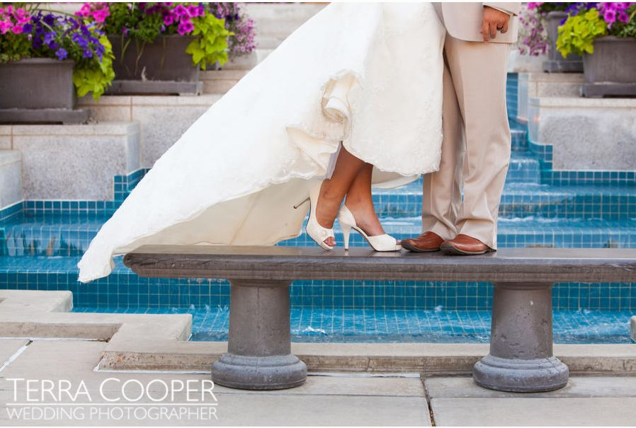Bridal shoes and shoes for the Groom, WeddingLDS.com