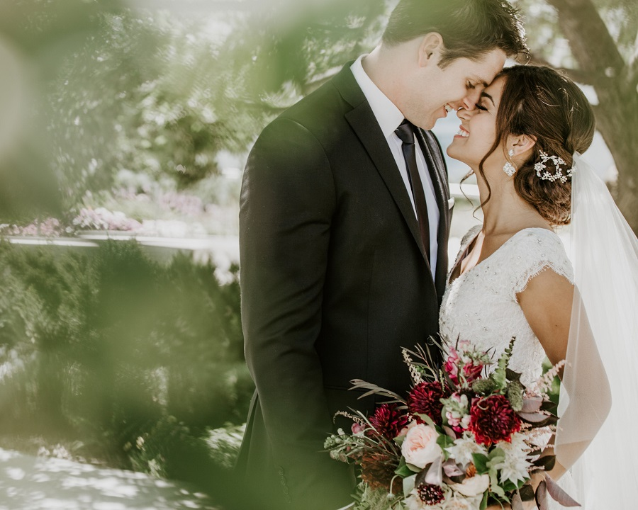 LDS Wedding Photography and Real LDS weddings